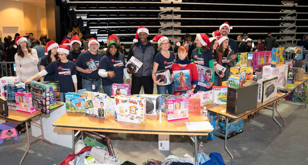 Entergy volunteers helped Santa gift toys to more than 4,000 kids.