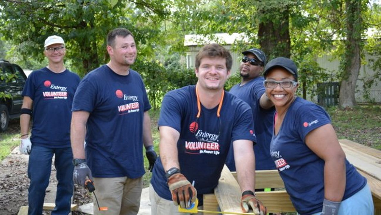 Employees at Grand Gulf contributed more than 600 volunteer hours during Community Day.