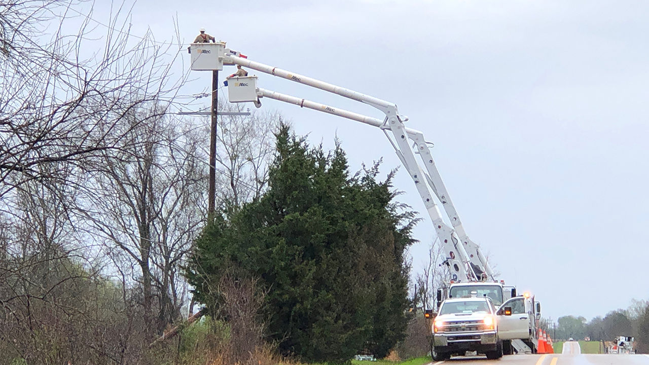 Crews restore power in Madison County.